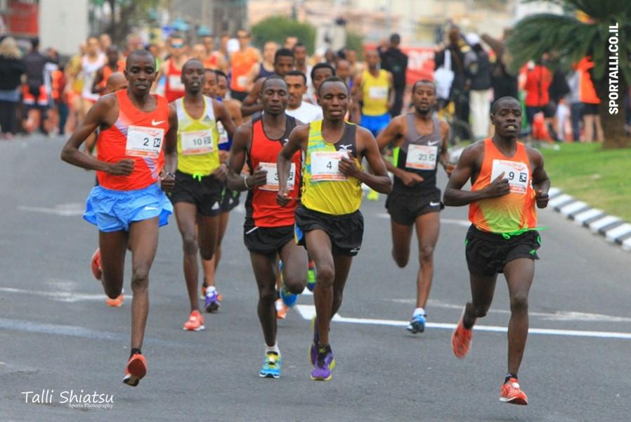מרתון טבריה 2014 | זינוק המרתון | צילום: טלי שיאצו