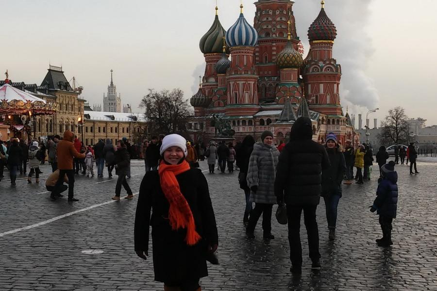שלשה בישראמן | מיכל במוסקבה