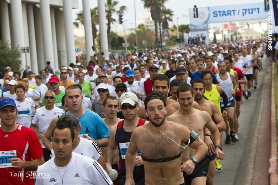 הכנה לתחרות ריצה ביום המרוץ | לשלוט בקצב הריצה | צילום טלי שיאצו