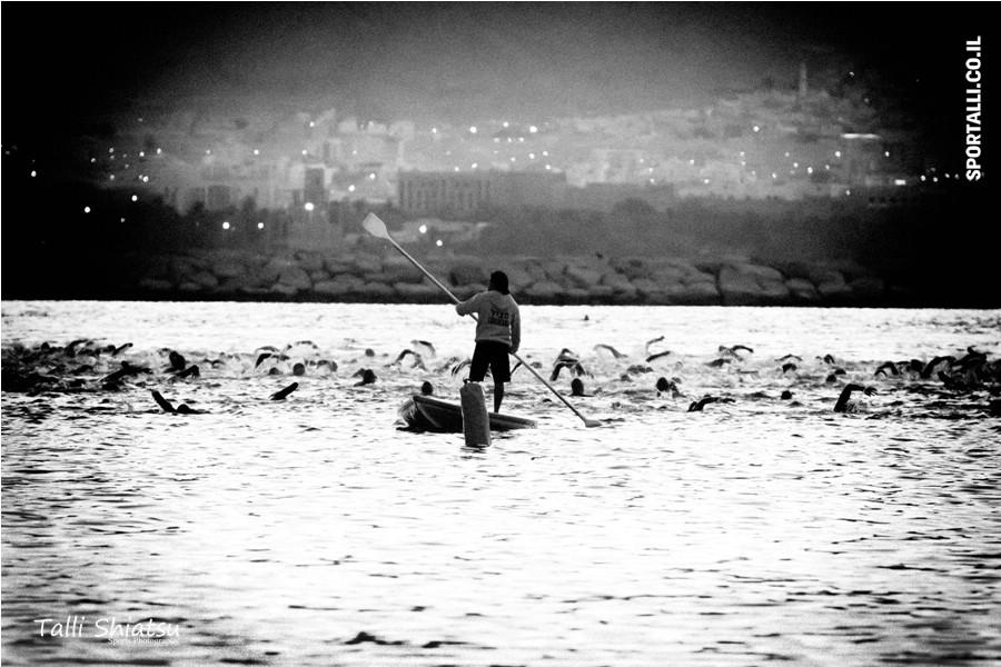 צילום: טלי שיאצו | אתגר צילום תמונות בשחור לבן | תחרות איש ברזל אילת 2012