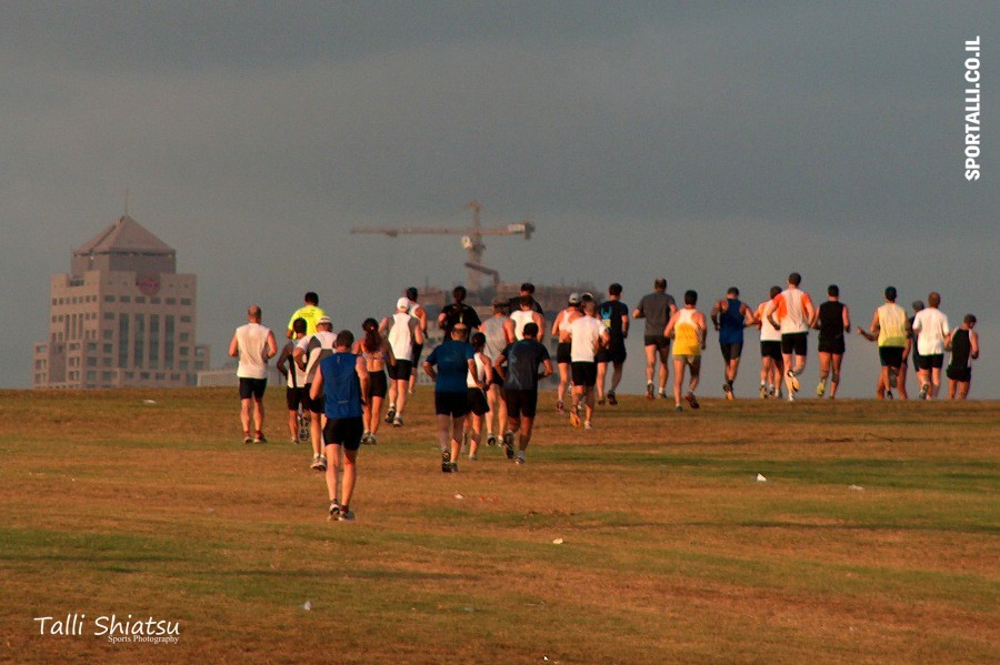 צילום: טלי שיאצו | רצים בתל אביב