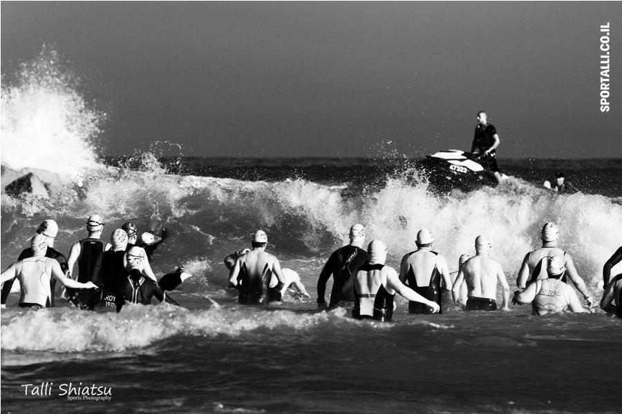 אתגר צילום תמונות ספורט בשחור לבן | טריאתלון תל אביב 2014