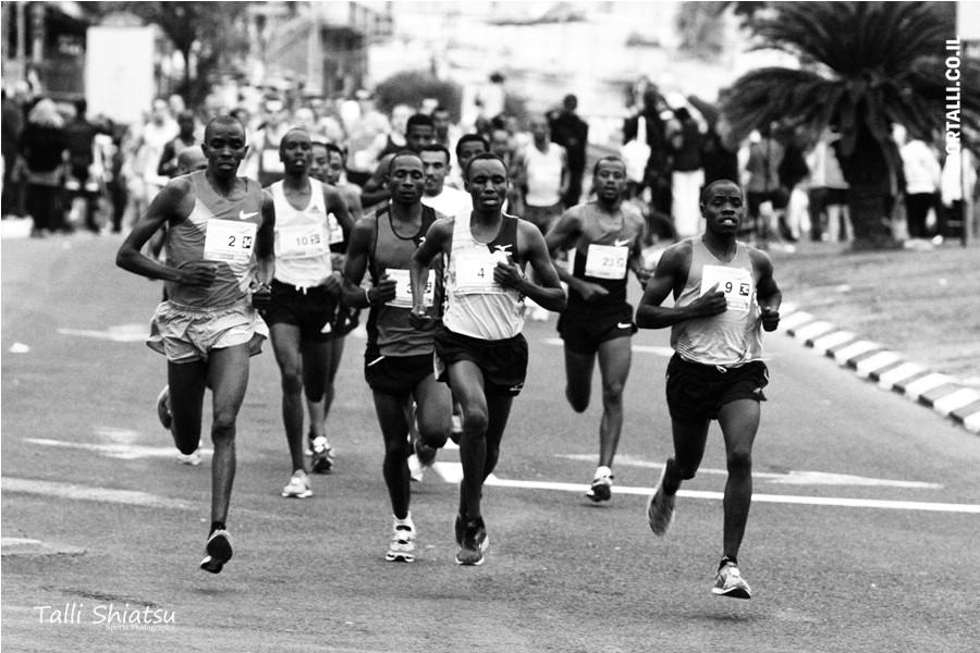 אתגר צילום תמונות בשחור לבן | מרתון טבריה 2014