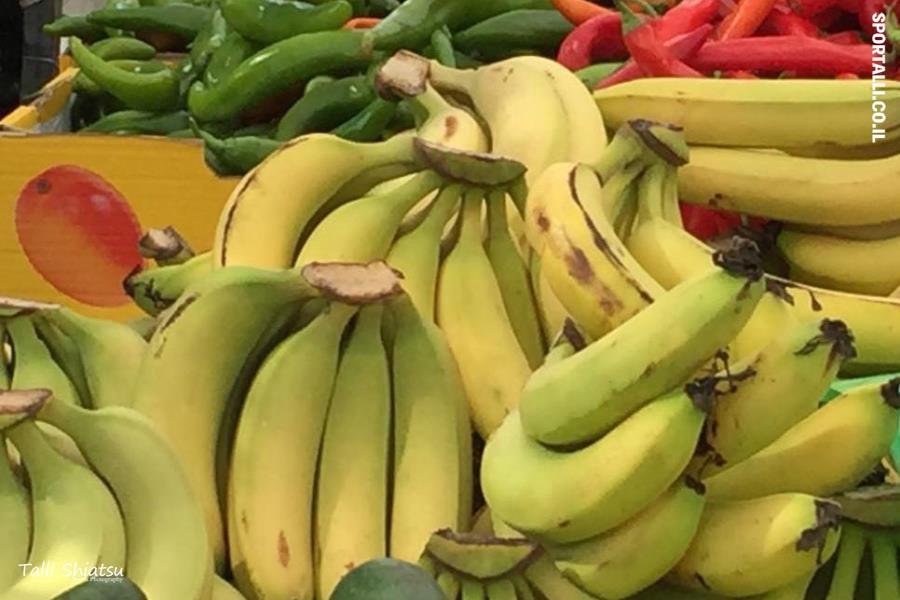בננה   בננות מהשווקים