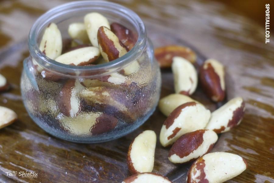 אגוזים וזרעים - עשויים לשפר פוריות - ביצית וזרע